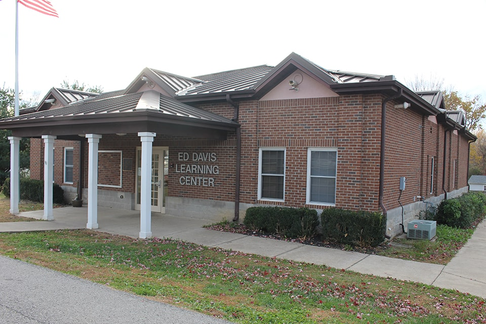 Ed Davis Learning Center Georgetown - Scott County Parks and Recreation